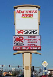 Pylon & Pole Signs